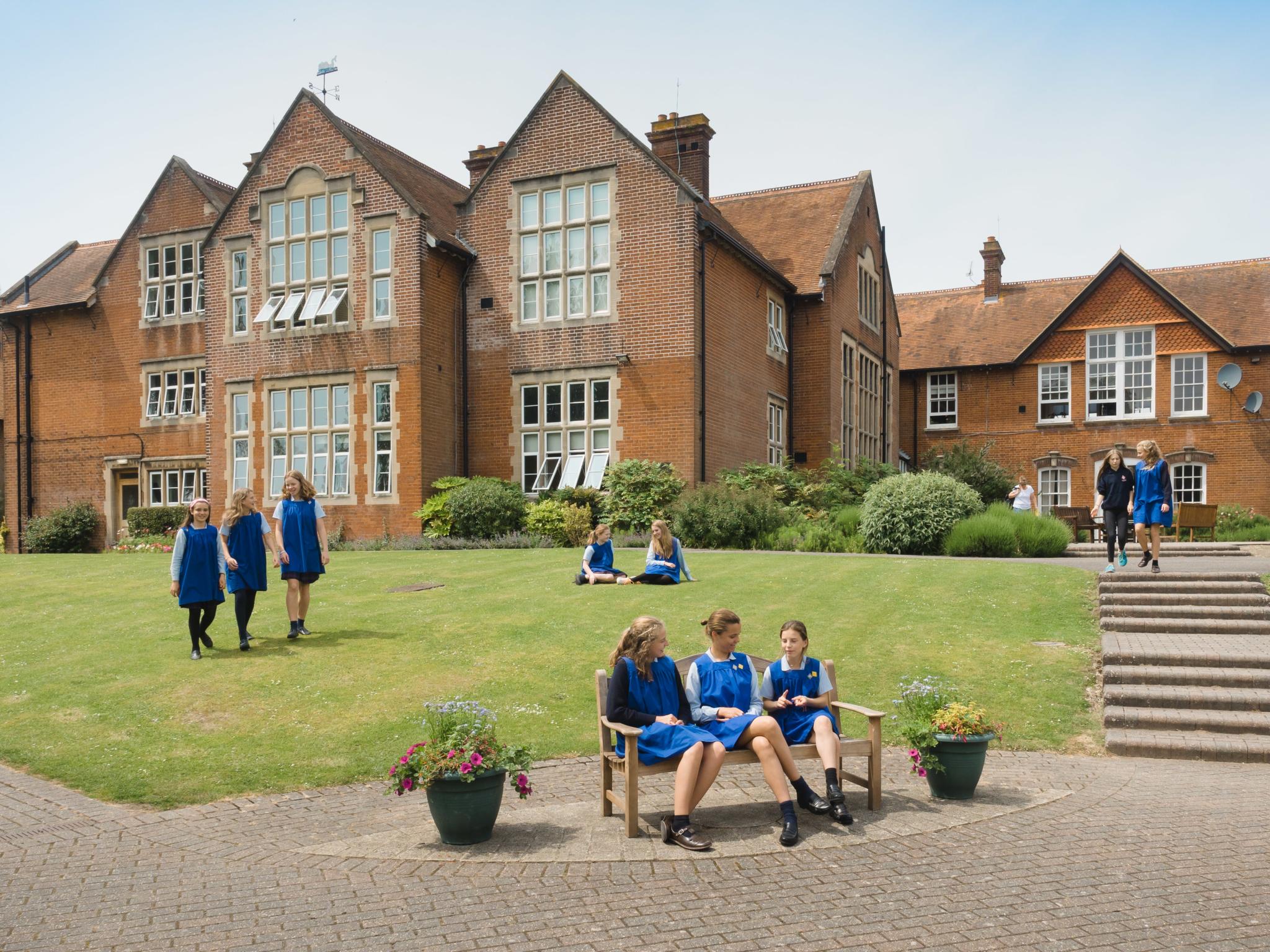 300 9Th June Godolphin School By Ash Mills