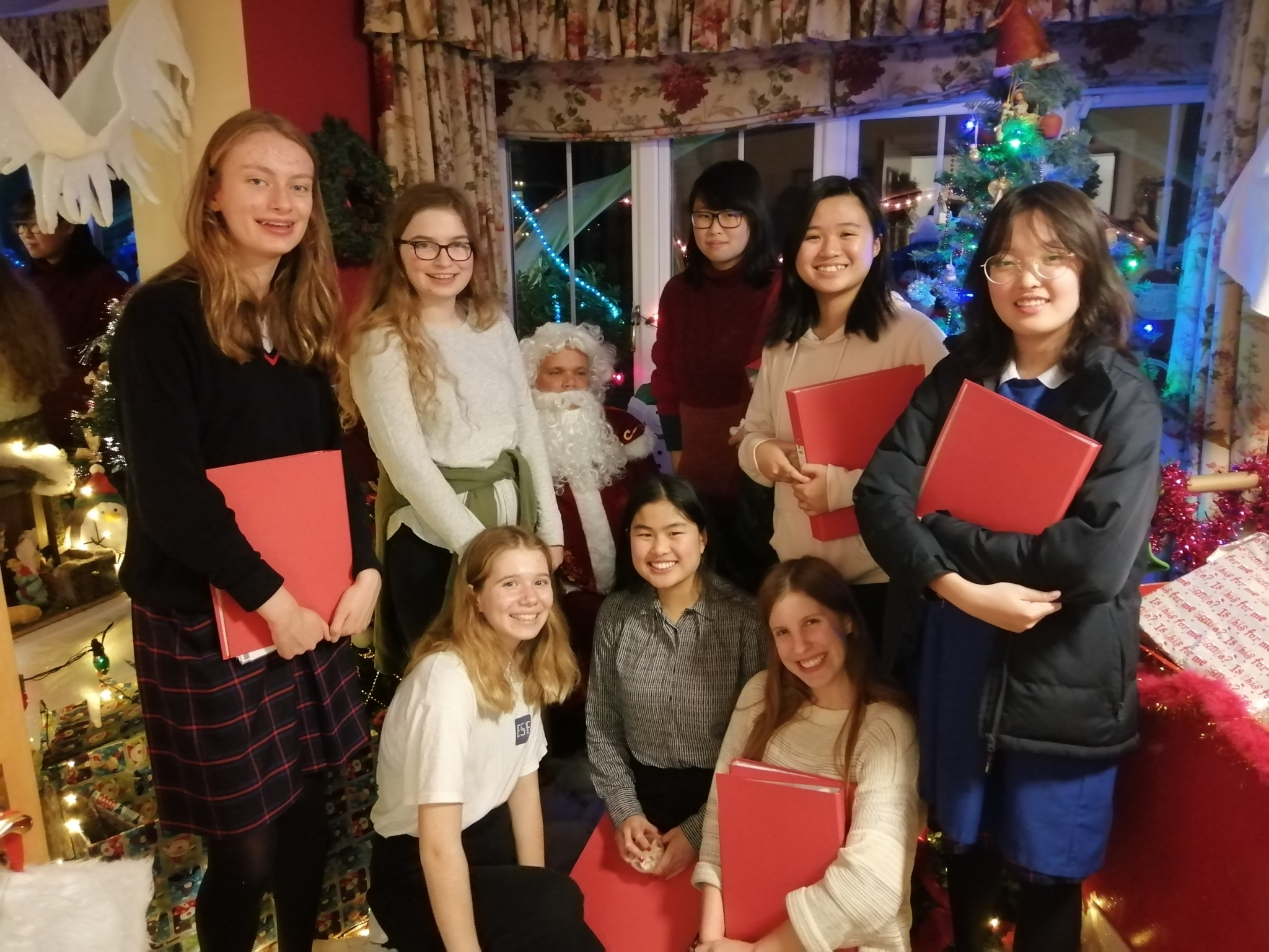 Braemar Lodge Community Carols